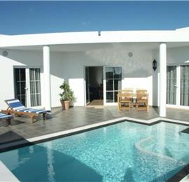 2 Bedroom Seaside Villa with Pool near Puerto del Carmen, sleeps 4