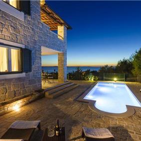 4 Bedroom Villa with Pool near Podstrana, sleeps 8