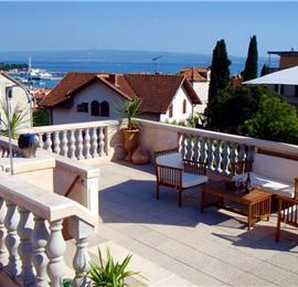 3 Bedroom Duplex Apartment with Roof Terrace in Split, sleeps 6
