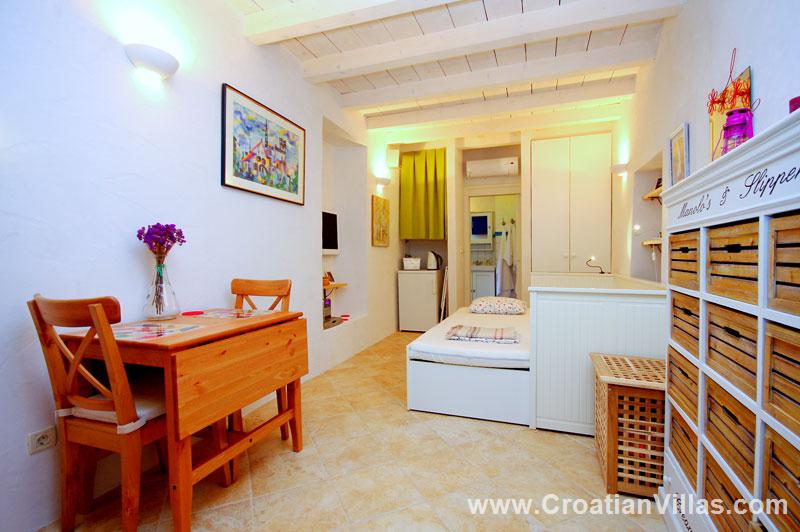 Studio Apartment Dubrovnik Old Town, Accommodation in ...