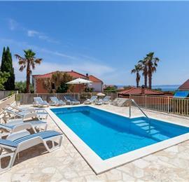 4 Bedroom Seaside Villa with Gated Pool in Sumartin, sleeps 8-10