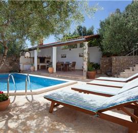 7 Bedroom Seaside Villa with Pool in Supetar, Brac Island, Sleeps 13-17