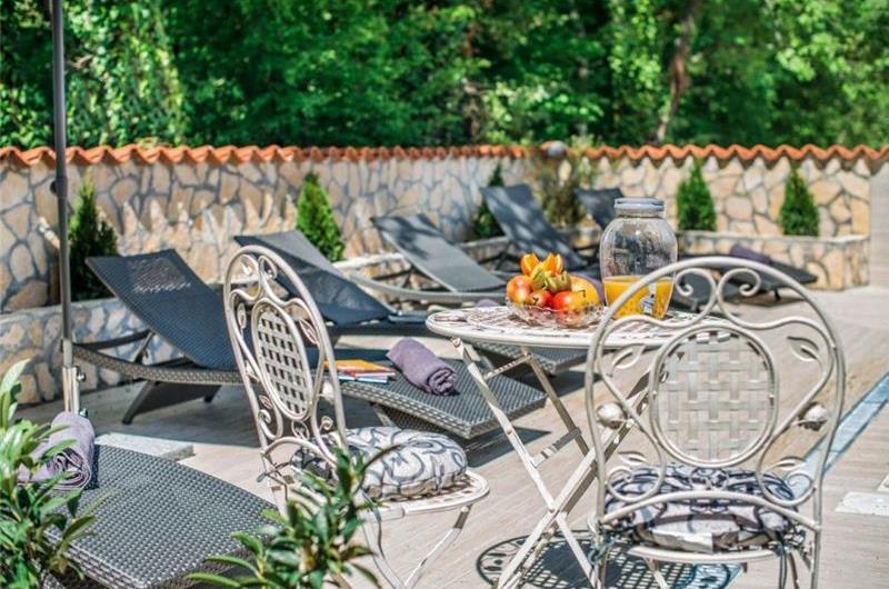 3 Bedroom Villa with Pool near Porec, sleeps 6