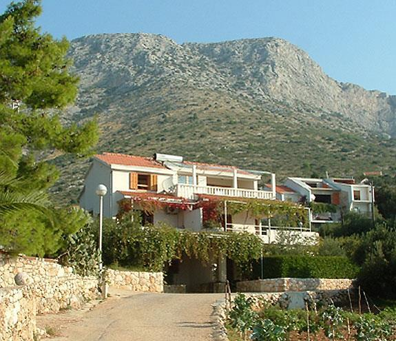 Studio Apartment in Ivan Dolac on Hvar Island, Sleeps 2