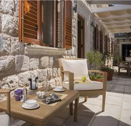 Luxury 4 Bedroom Villa with Pool in Dubrovnik, sleeps 8
