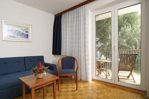1 Bedroom Apartment with Sea View in Hvar Town, sleeps 2-4