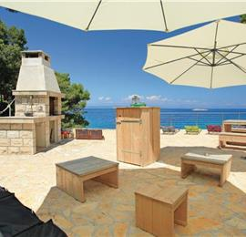 8 Bedroom Beachfront Villa on Korcula Island, sleeps 16-20