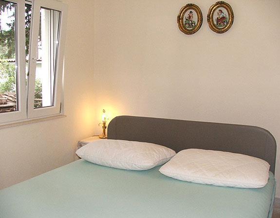 1 bedroom cottage in Stari Grad on Hvar, Sleeps 2