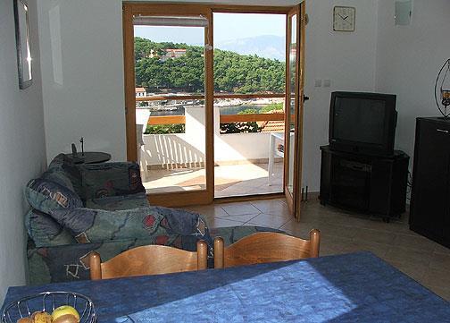 2 Bedroom Apartment in Jelsa on Hvar Island, Sleeps 5
