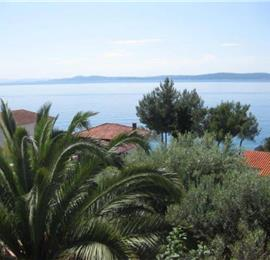 5 Bedroom Seaside Villa with Heated Pool on Ciovo nr Trogir, sleeps 10-13