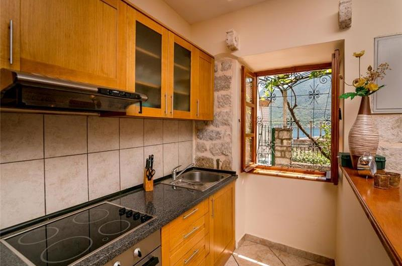 3 Bedroom Seaside Villa in Perast, Kotor Bay, Sleeps 6-8