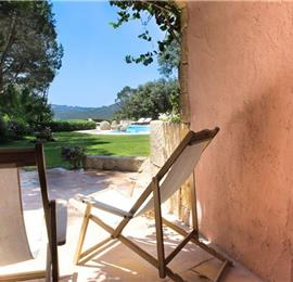 4 Bedroom Villa with Pool in seaside Capriccioli, sleeps 8