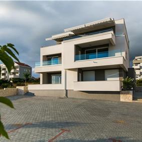 1 Bedroom Apartment in Novalja, sleeps 2-4