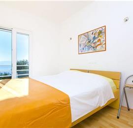 3 Bedroom Seaside Duplex Apartment in Pisak near Omis, sleeps 6-7