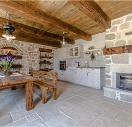 3 Bedroom Villa with Pool in Zadar, Sleeps 6-8