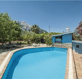 3 Bedroom Villa with Pool near Oliena, sleeps 6