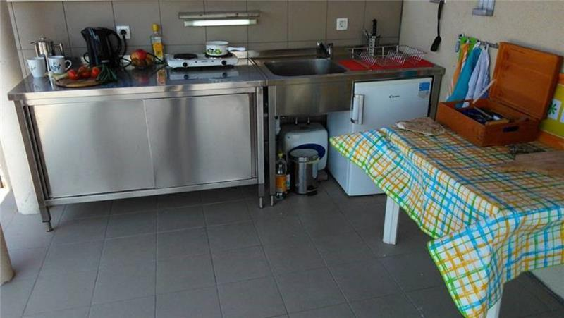 3 Bedroom Seaside Villa with Roof Terrace in Milna on Brac, Sleeps 6-8