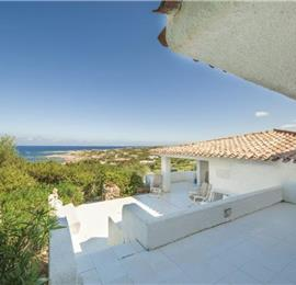 3 Bedroom Seaside Villa in Portobello near Santa Teresa Gallura, sleeps 6