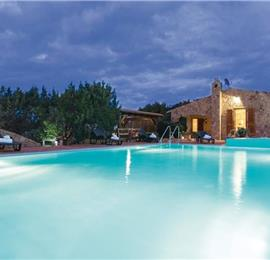 7 Bedroom Villa with Pool and Sea Views in Costa Paradiso, sleeps 13