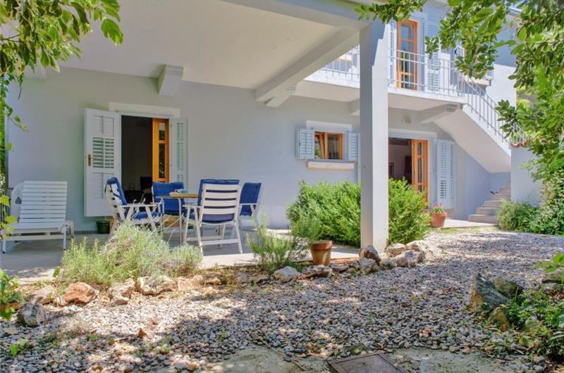 4 Bedroom Villa in Stari Grad on Hvar, Sleeps 8