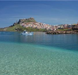 1 Bedroom Apartment in Lu Bagnu near Castelsardo, sleeps 2-4