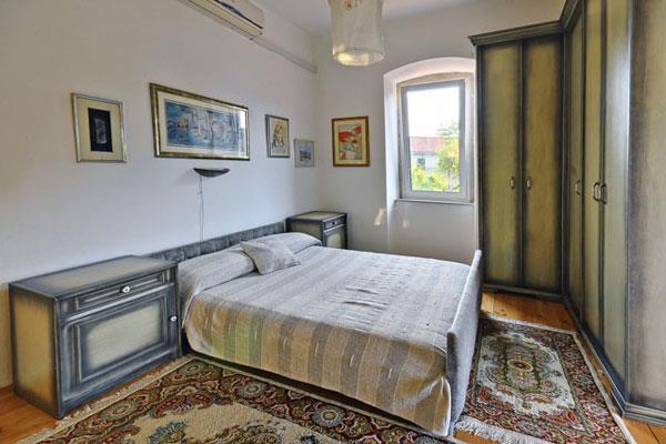 2 bedroom Apartment in Jelsa, on Hvar, Sleeps 4-5