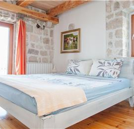 2 Bedroom Villa with Private Pool and Sea Views, Sleeps 4