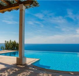 1 Bedroom Villa with 3 Shared Pools and Sea Views, sleeps 2-4