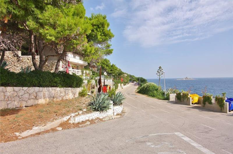 6 Bedroom Luxury Villa with Pool in Hvar Town, sleeps 12-15
