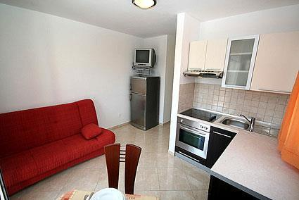 1 bedroom Apartment in Stari Grad on Hvar, Sleeps 2-3