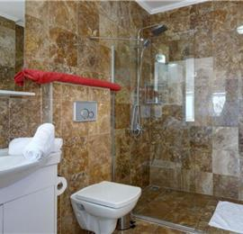 6 Bedroom Villa with Pool in Kalkan, sleeps 12