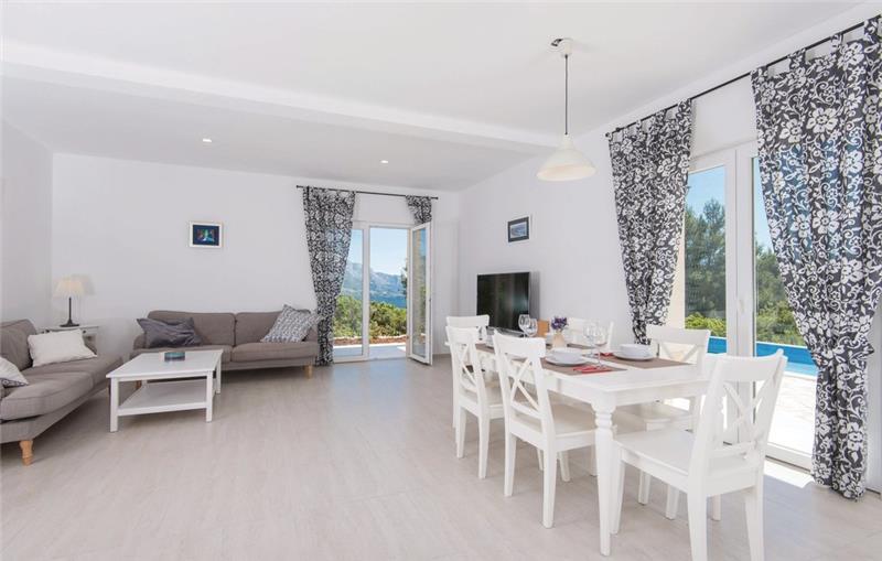 3 Bedroom Villa with Pool near Korcula Town, Korcula, sleeps 6