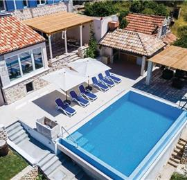 3 Bedroom Villa with Pool in Brsecine near Dubrovnik, sleeps 5-7