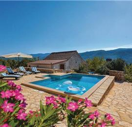 1 Bedroom Villa with Pool in Stari Grad, Hvar Island, sleeps 2-4