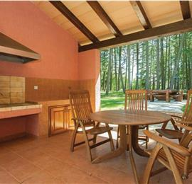 3 Bedroom Villa with Pool in Vrsar, sleeps 7