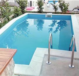 2 Bedroom Villa with Pool in Tribunj near Vodice, sleeps 4-6