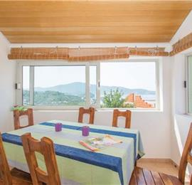 4 Bedroom Villa with Pool in Stratincica Bay, Korcula Island, sleeps 7