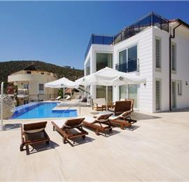 6 Bedroom Villa with Pool in Kalkan, Sleeps 13