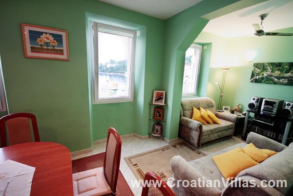 4 bedroom Villa in Racisce on Korcula Island, Sleeps 6-8