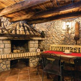 2 Bedroom Villa with Pool on Krk Island, sleeps 4-5