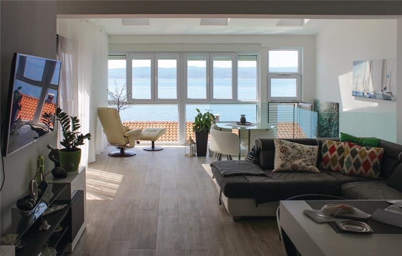 3 Bedroom Villa with Pool in Pisak, sleeps 6-8
