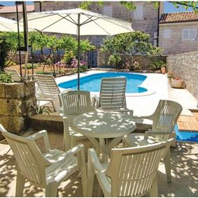 4 Bedroom Villa with Pool in Orebic, sleeps 8