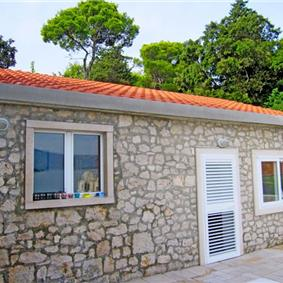 3 Bedroom Cottage in Lumbarda on Korcula Island, Sleeps 6-8