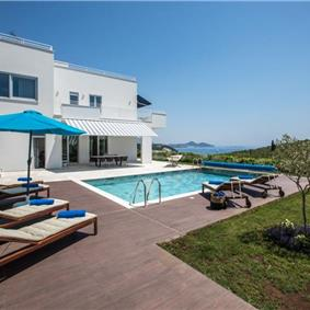 Luxury 4 Bedroom Villa with Pool and Sea Views in Orasac, Dubrovnik Region, sleeps 8-12