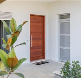 Luxury 4 Bedroom Villa with Pool and Sea Views in Orasac, Dubrovnik Region, sleeps 8-12