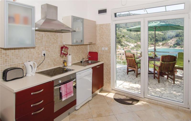 1 Bedroom Villa with Pool and Sea View in Trstenik, Peljesac Peninsula, sleeps 2-6