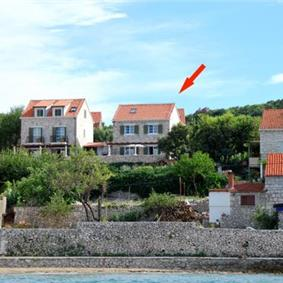 4 Bedroom Villa in Lumbarda on Korcula Island, Sleeps 8-10