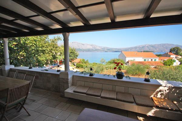 4 Bedroom Villa in Lumbarda on Korcula Island, Sleeps 8-10