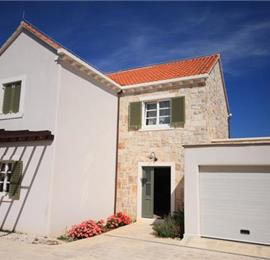 4 Bedroom Villa in Lumbarda on Korcula Island, Sleeps 6