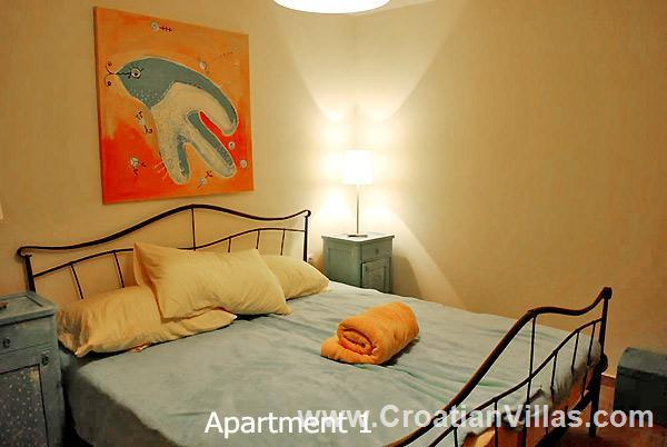 1 Bedroom Apartments nr Vela Luka on Korcula, Sleeps 2-4